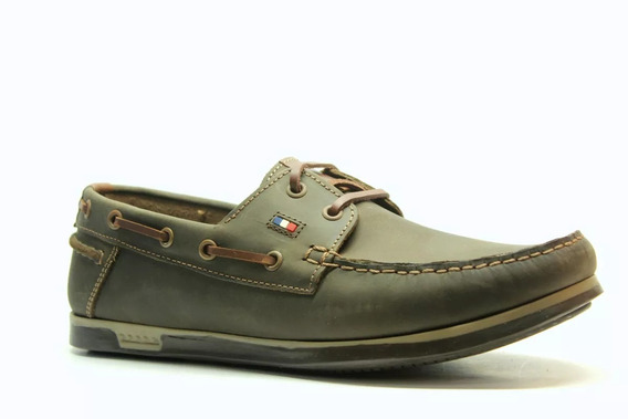 Zapatos Náuticos Pataugas Cuero Engrasado Justin Marrón