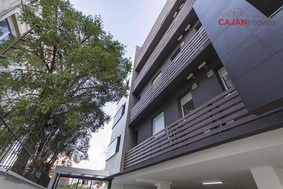 Apartamento Com 2 Dormitórios E Vaga De Garagem No Bairro Jardim Botânico - Ap2612