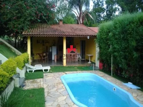 Imagem 1 de 7 de Chácara Em Condomínio Fechado Em Ibiúna, Com 1.200 M² De Terreno, 200 M² De Área Construída. 2 Km - Tp12925