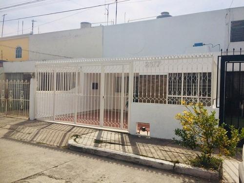 Casa En Renta En Lagos Del Country.