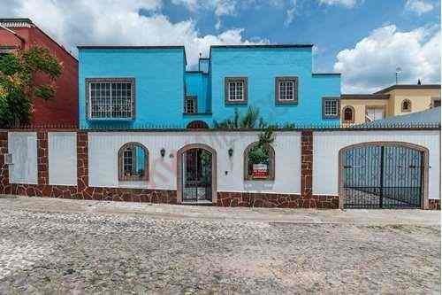 Hermosa Casa En Venta En Club De Golf Malanquin San Miguel De Allende