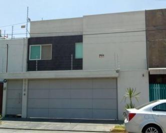 Bonita Casa En Venta Con Buena Ubicación En Vallarta Universidad En Guadalajara