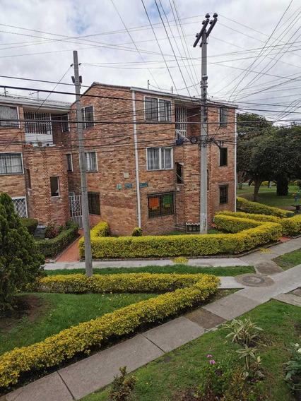 Apartmento 2 Alcobas, Cómodo Y Central!!