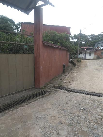Casalote Area Urbana Mas Dos Cabañas Independientes.