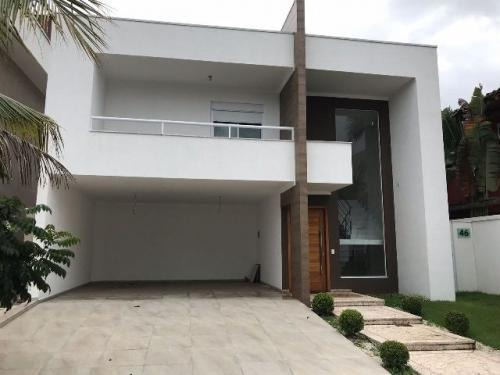 Casa De Alto Padrão Condomínio Fechado Centro, Ref. 3893 M H