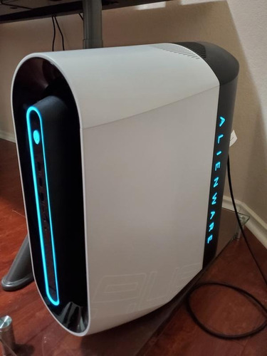 Alienware Aurora R9 Gaming Desktop Core I7-9700 Ssd Desktop