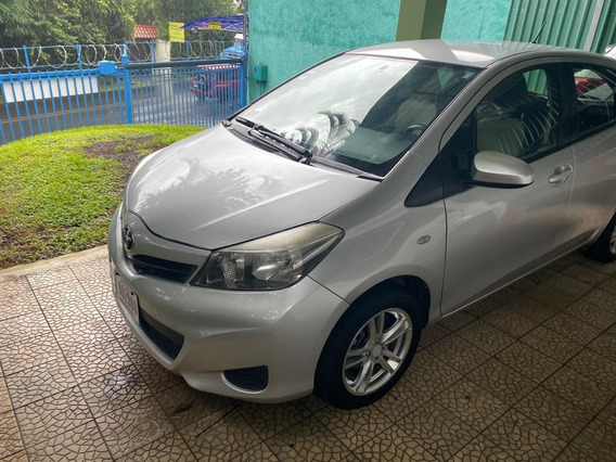 Toyota Yaris Hathback