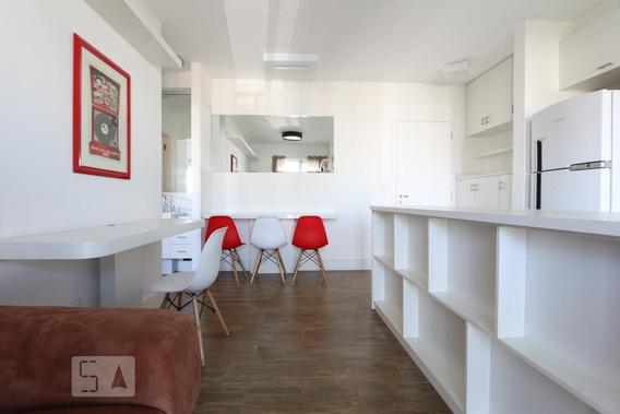 Apartamento No 9º Andar Mobiliado Com 1 Dormitório E 1 Garagem - Id: 892948937 - 248937