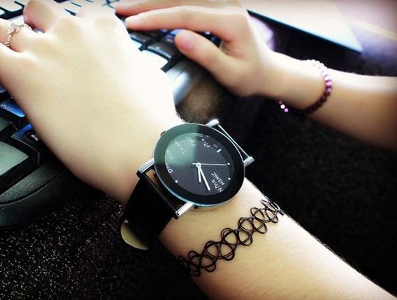 Relógio Feminino Preto Com Prata