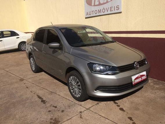 Volkswagen Novo Voyage 1.6 2014