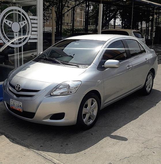 Toyota Yaris Belta Año 2008