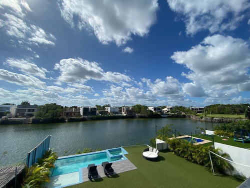 Imagen 1 de 30 de Casa En Venta En Lagos Del Sol Cancun