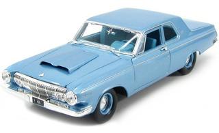 Miniatura Dodge 330 1963 Azul Maisto 1/18