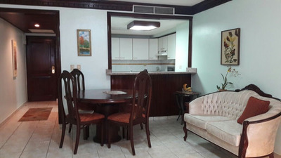 Apartamento De 2 Habitaciones Amueblado En Naco