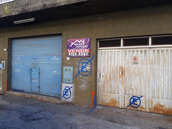 Venta De Local, Garage Y Fondo Libre Caseros
