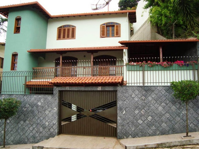 Linda E Ampla Casa Com 4 Dormitórios No Júlia Molar, Viçosa-mg - 4615