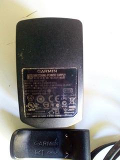 Cargador Garmin Forerunner 610.