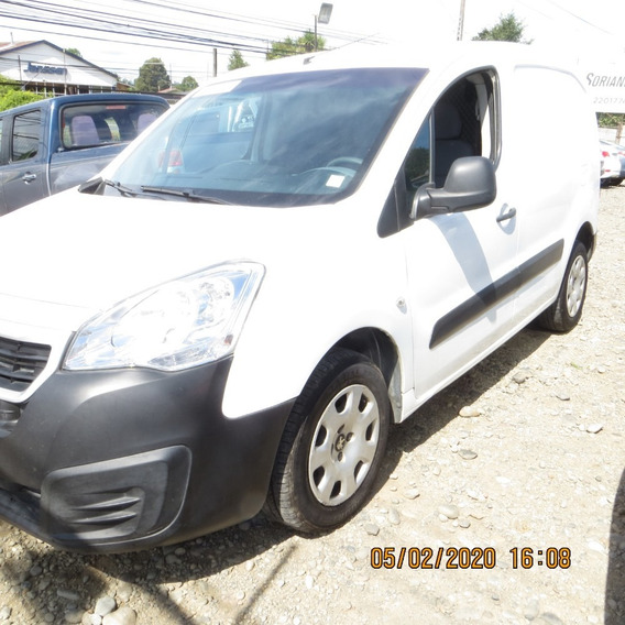 Peugeot Partner 2016 Pta Lateral. Pie $1.400.000-