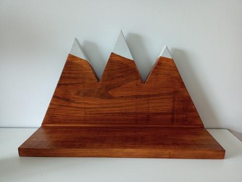 Estante De Madera Montaña