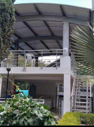Imagen 1 de 14 de Venta De Apartamento En Conjunto Cerrado Sector Unicentro