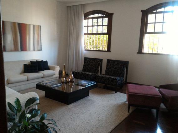 Casa São Lucas 04 Quartos, 02 Suítes, 04 Vagas, Rua Juiz Costa Val, Mediar Imóveis. - Med7458