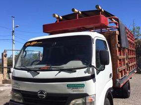 Camión Hino Dutro 616