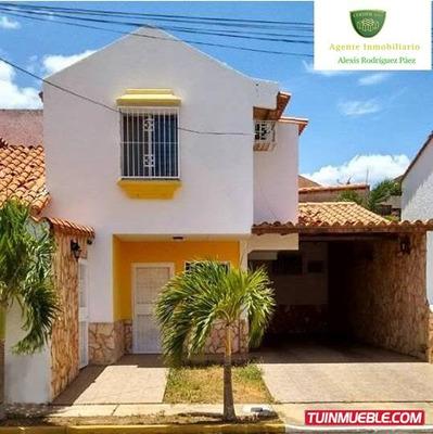 Townhouses En Venta En El Tigre