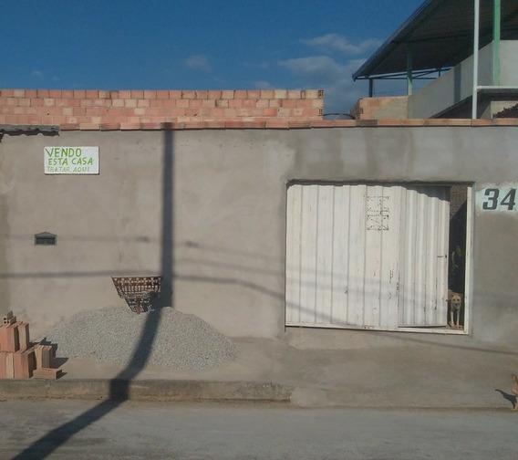 Casa 3 Quartos, Com Garagem E Quintal, São Joaquim De Bicas