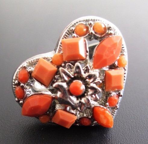 1798 - Anel Em Aço Inox Em Forma De Coração, Com Pedras Lara
