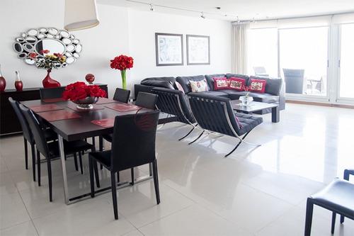 Hermoso Penthouse Con Vista Al Mar.- Ref: 2540
