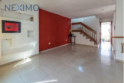 Casa En Venta Sobre Av Fco, Montejo, Mérida