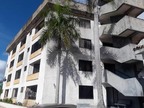 Apartamento Vacacional Tucacas Cod 20-15101 Jel