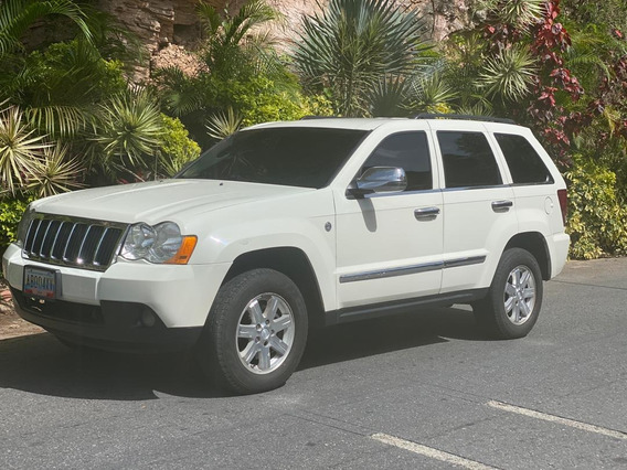 Bella Camioneta Gran Cherokee Implecable Unico Dueño