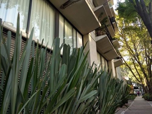 Town House Amueblado 2 Habitaciones, 2 Baños, 2 Estacionamientos