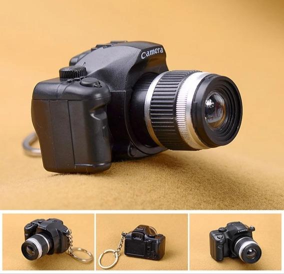Chaveiro Cãmera Fotográfica ( Com Led E Som Disparo) Preta