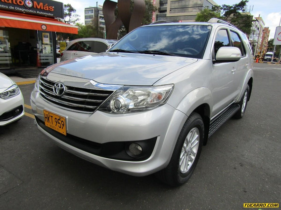 Toyota Fortuner Sr5 2.7 At