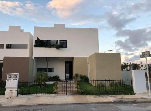 Casa En Venta En Real Montejo,dzitya¿, 3 Rec, Mérida,yucatán