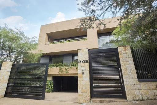 Edificios En Arriendo Santa Barbara Alta 90-63474