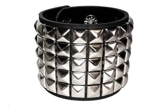 Bracelete Couro Legítimo Com Rebites Metal Punk Rock Metal