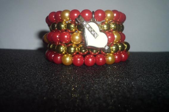 Pulseira Dourada E Vermelha De Coração
