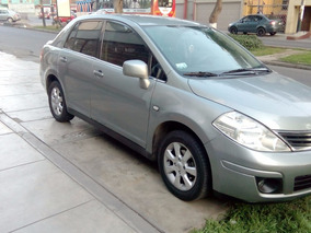 Nissan Tiida 2011. Full Equipo. Transmisión Mecánica.