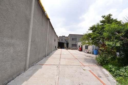 Oportunidad Inversionistas, Una Cuadra Del Metro Pantitlán!