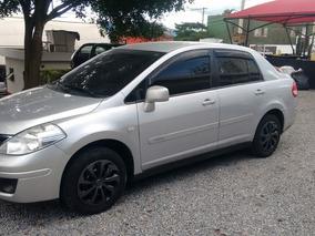 Nissan Tiida Sedan 1.8 Flex 4p 2011
