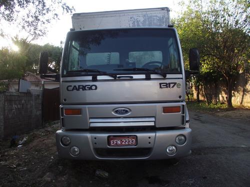 Imagem 1 de 5 de Ford Cargo 1317e