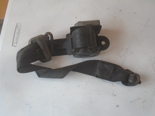 Vendo Cinturon De Seguridad De Kia Besta Año 1992