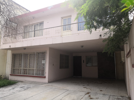 En Renta Casa Con Excelente Ubicación Cerca De Gonzalitos Y Avenida Leones En Monterrey