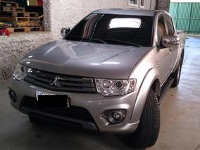 Mitsubishi L200 2014 Motor 3.5 Prata 4 Portas