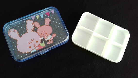 Porta Comprimido Azul Coelhinhos Com 6 Divisórias Plástico