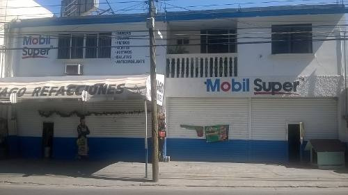 Venta De Casa Con Refaccionaria En San Nicolás De Los Garza