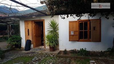 Casa En Venta De 3 Dormitorios En Olmué